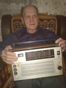 Авдеев В.И. покаялся у радиоприемника
