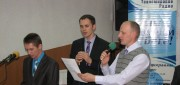 Поют Анатолий и Олег Хивуки и Павел Рыжук