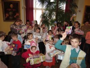 8 Дети получили СД на родном языке