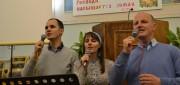Поют Олег, Марина, Анатолий